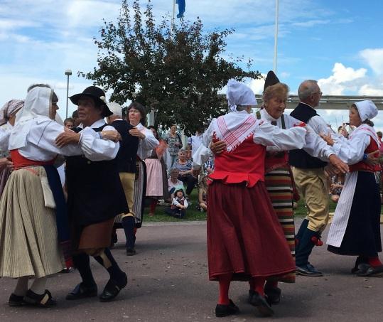 Dancing @ Rattvik Midsommar June 2016